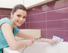 Бюджетные средства, которыми можно мыть акриловую ванну, не рискуя испортить покрытие