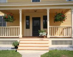 Как оформить крыльцо в загородном доме: советы по отделке
