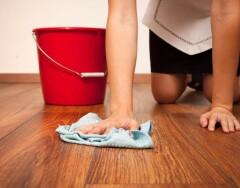 Почему не стоит мыть пол полотенцем