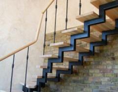 Лестницы на металлическом каркасе: виды и особенности конструкций