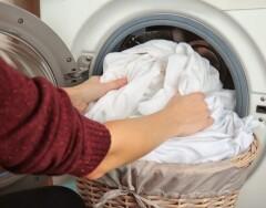 3 причины, почему нужно стирать вещи, как можно реже (в Голливуде все уже так делают)