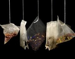 8 оригинальных вариантов использовать в быту спитые чайные пакетики
