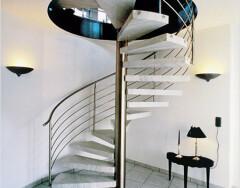 Винтовые лестницы: металлические, бетонные и деревянные – какие лучше?