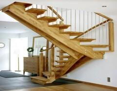 Лестницы на второй этаж: какую выбрать для частного дома