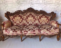 Чем можно обить старый диван, чтобы разнообразить интерьер