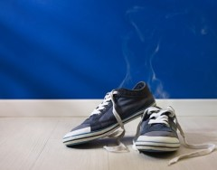 10 хитростей, с которыми вы забудете о проблеме запаха от обуви