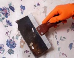 Как быстро и аккуратно удалить старые обои со стены, если вы затеяли ремонт