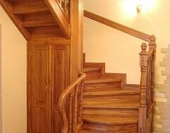 Дачные лестницы на второй этаж: виды и особенности конструкций