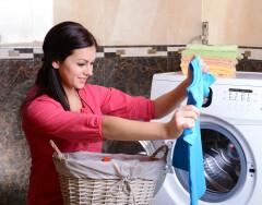 Как правильно стирать вещи, чтобы они не выглядели «застиранными»