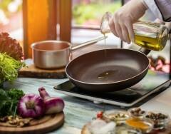 Как повторно использовать растительное масло после жарки