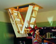 Как сделать и установить раскладную чердачную лестницу своими руками: пошаговая инструкция