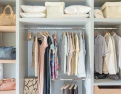 Как хранить одежду, чтобы она не потеряла форму