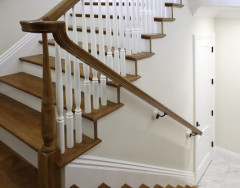Лестничные перила и ограждения: разновидности и особенности